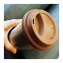 Isolierter Coffee to go Becher aus Edelstahl